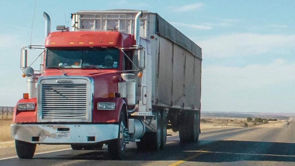Robo a autotransporte sigue creciendo, advierte IP - robo a Autotransporte mercancía tráiler carretera