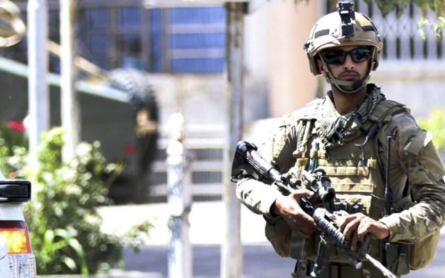 Dos proyectiles caen cerca de la embajada de EE.UU. en Bagdad sin causar daños - Foto de EFE