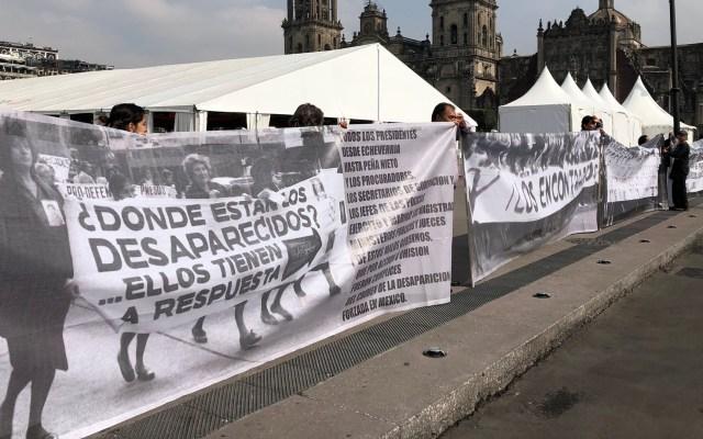 Comisión de Búsqueda deberá revelar formularios a familiares de desaparecidos - Manifestación del comité Eureka de desaparecidos en la explanada del Zócalo de la Ciudad de México. Foto de Notimex