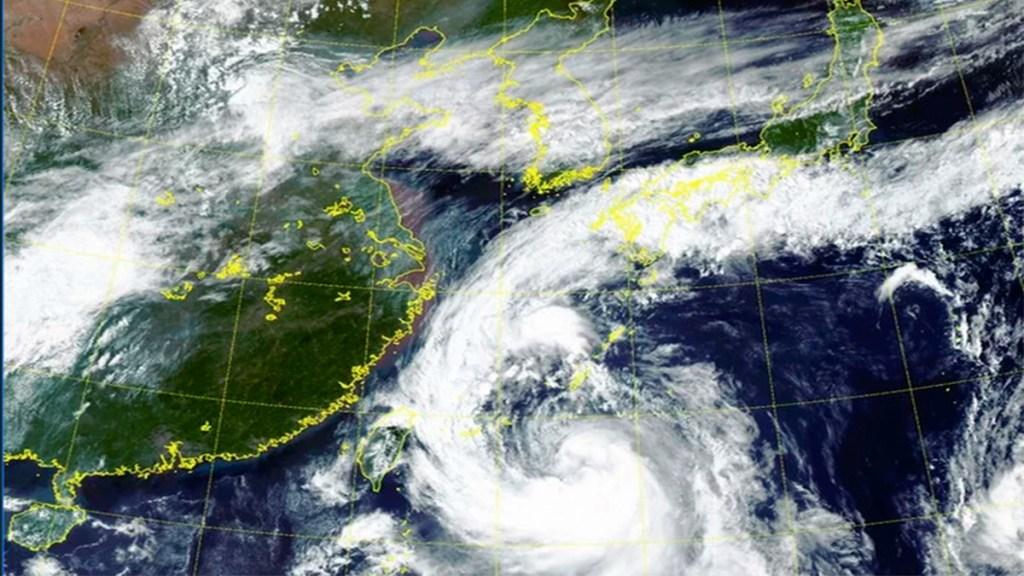 Cancelan más de 900 vuelos en Japón y Corea del Sur por tifón Tapah - cancelan vuelos en japón y corea del sur por tifón tapah
