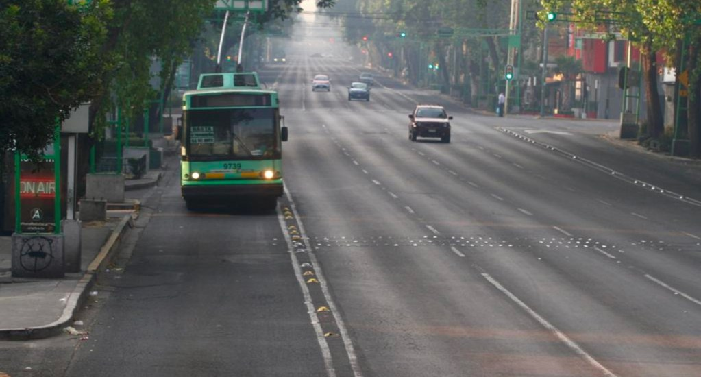 Calles sin tráfico y pocos negocios abiertos en Día de la Independencia - Foto de la Jornada