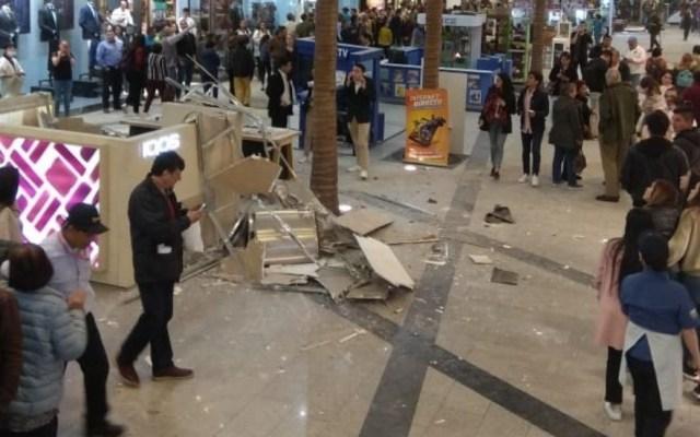 Cae techo de centro comercial en Bogotá; 14 lesionados