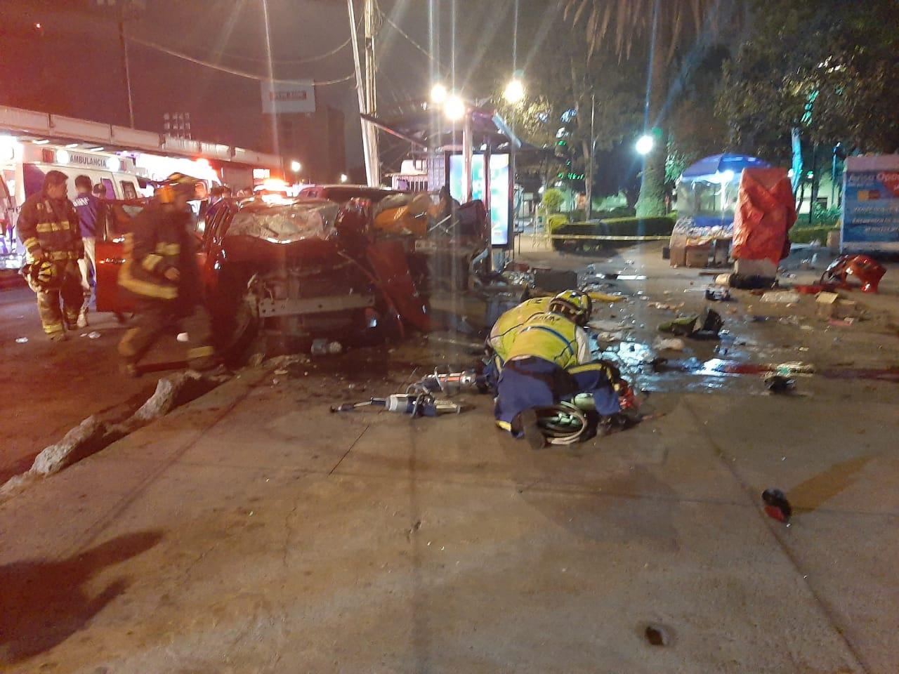 Choque deja dos muertos y un herido en Tlalpan