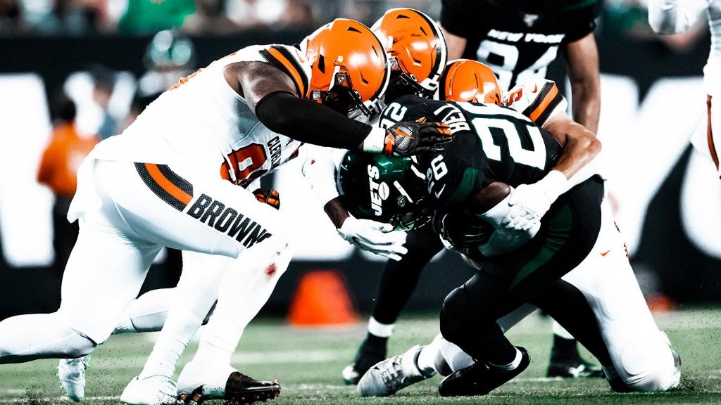 Browns dominan a unos inoperantes Jets. Noticias en tiempo real
