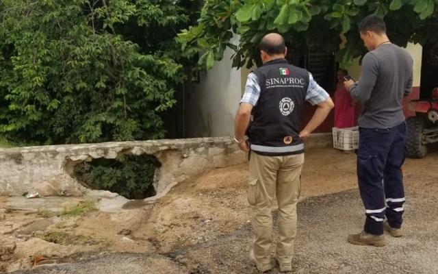 Tormenta tropical Narda tira 50 árboles a su paso por Colima - CNPC en recorrido por zonas susceptibles de Manzanillo, en Colima. Foto de @CNPC_MX