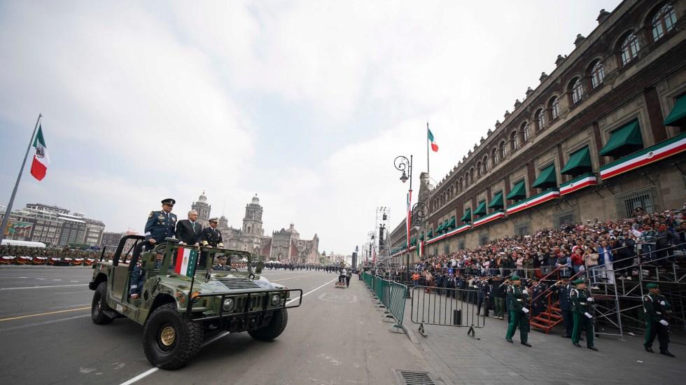 López Obrador encabeza su primer Desfile Militar - El presidente Andrés Manuel López Obrador, durante el Desfile Cívico Militar. Foto de Notimex/ Presidencia de la República.