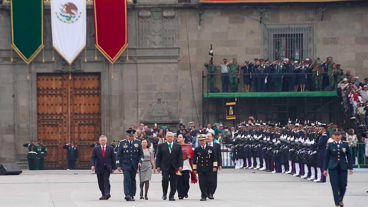 desfile militar grito de independencia