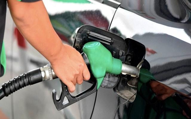 Hacienda quita estímulo a gasolinas por tercera semana consecutiva - Estación de gasolina en México