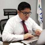 """""""La encuesta de reconocimiento de Morena es un fraude, estoy encabronado"""": Gibrán Ramírez"""