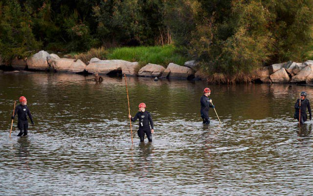 Hallan cadáver de bebé arrojado a un río en España; el padre es menor de edad - Padre de 16 años ahoga a bebé en río de españa