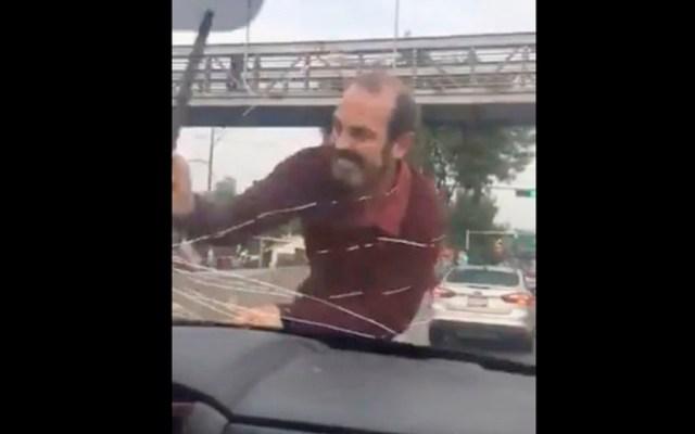 #Video Hombre ataca a conductora en Tlalpan - #Video Hombre ataca a conductora en Tlalpan