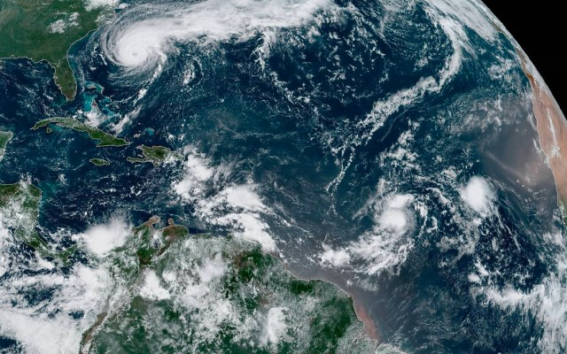 Bermudas decreta aviso de huracán ante amenaza de Humberto - Tormenta Humberto