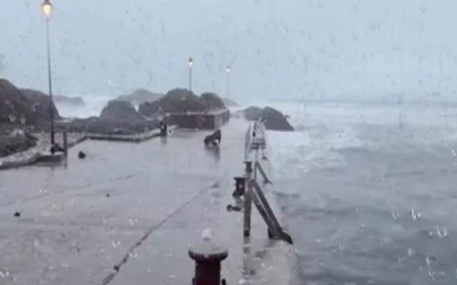#Video Huracán Dorian devasta Islas Ábaco de Bahamas - Huracán Dorian en Bahamas. Foto de PSCP.TV