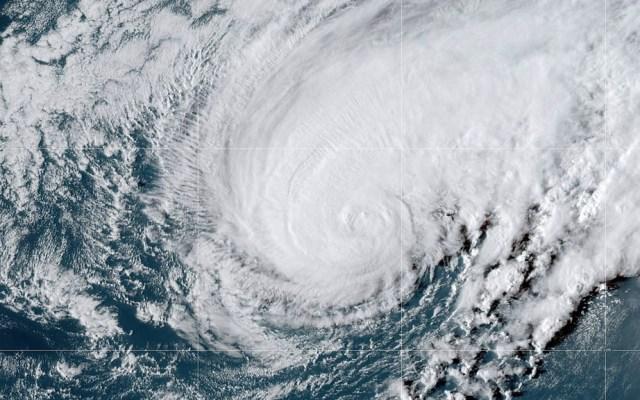 Huracán Humberto alcanza a Bermudas - Foto de NHC