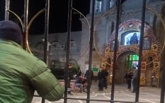 Intentan linchar a presunto ladrón de limosnas en Cuajimalpa - Intento de linchamiento de hombre por robo de limosnas. Foto de @AdrianRubalcava