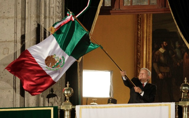Todo listo para el Grito de Independencia; no habrá público debido a la pandemia de COVID-19 - El presidente Andrés Manuel López Obrador encabezó el tradicional Grito de Independencia, por el 209 aniversario de la Independencia de México. Foto de Notimex