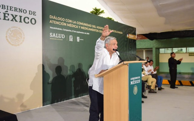 """AMLO sentencia que Tren Maya va """"lo quieran o no"""" - López Obrador sobre Tren Maya en Campeche. Foto de lopezobrador.org.mx"""