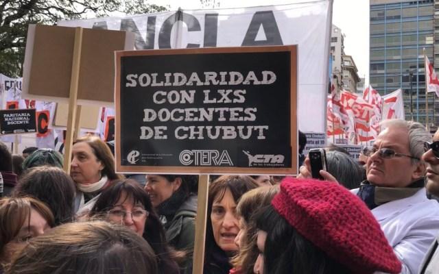 Maestros de Argentina realizan paro nacional y movilizaciones - maestros argentina