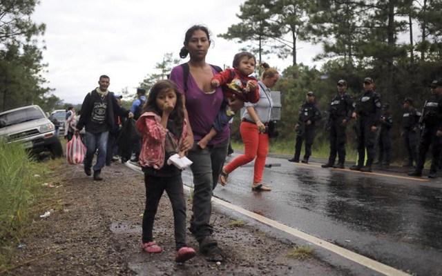 Parte primera caravana migrante de 2021 desde el norte de Honduras - Honduras hará