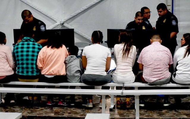 Propone EE.UU. aumentar tarifas para solicitantes de asilo - Foto de @fernandotlmdo