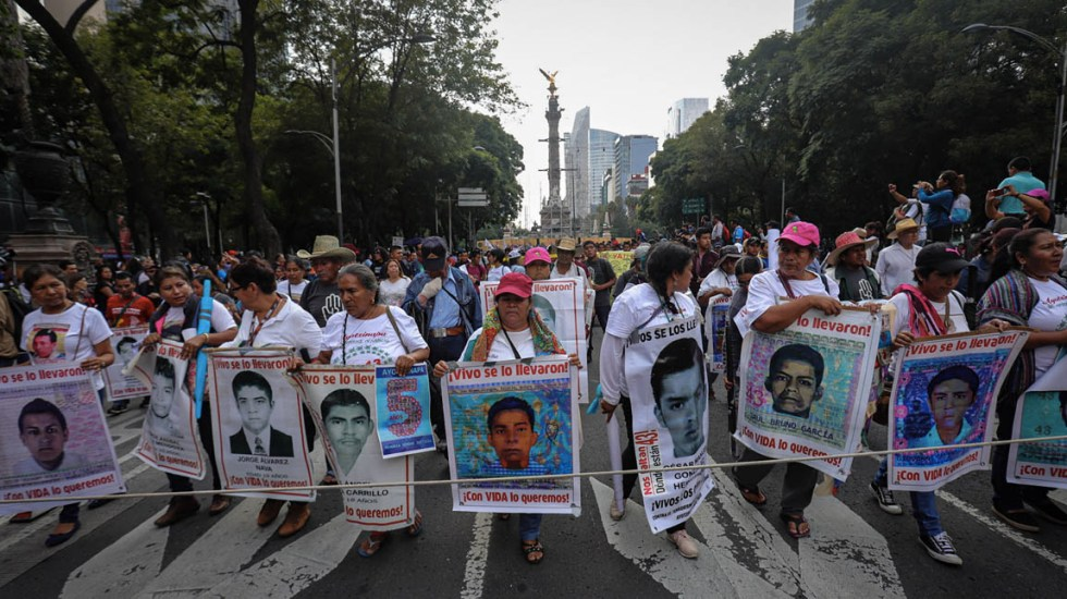 Detienen a José Ángel Casarrubias, 'El Mochomo', presunto autor intelectual de la desaparición de los normalistas de Ayotzinapa - Misa normalistas de Ayotzinapa 5 años marcha 3