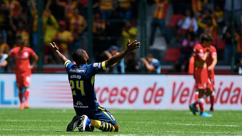 Morelia agrava crisis del Toluca tras vencerlo 2-0 - monarcas vence a Toluca