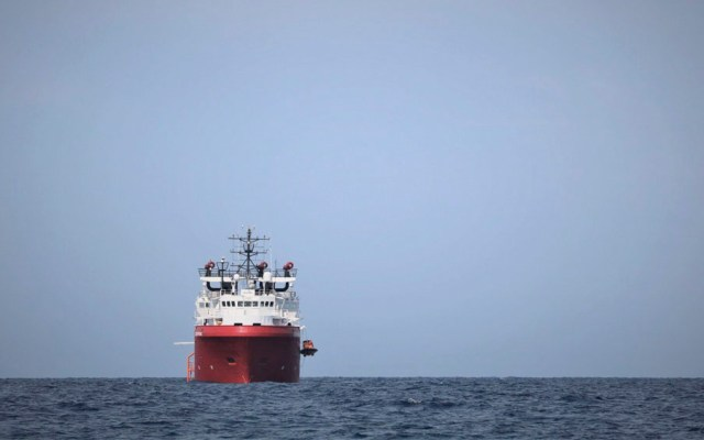 Italia autoriza desembarco en Lampedusa de 82 migrantes del Ocean Viking - Italia autoriza desembarco en Lampedusa de 82 migrantes del Ocean Viking