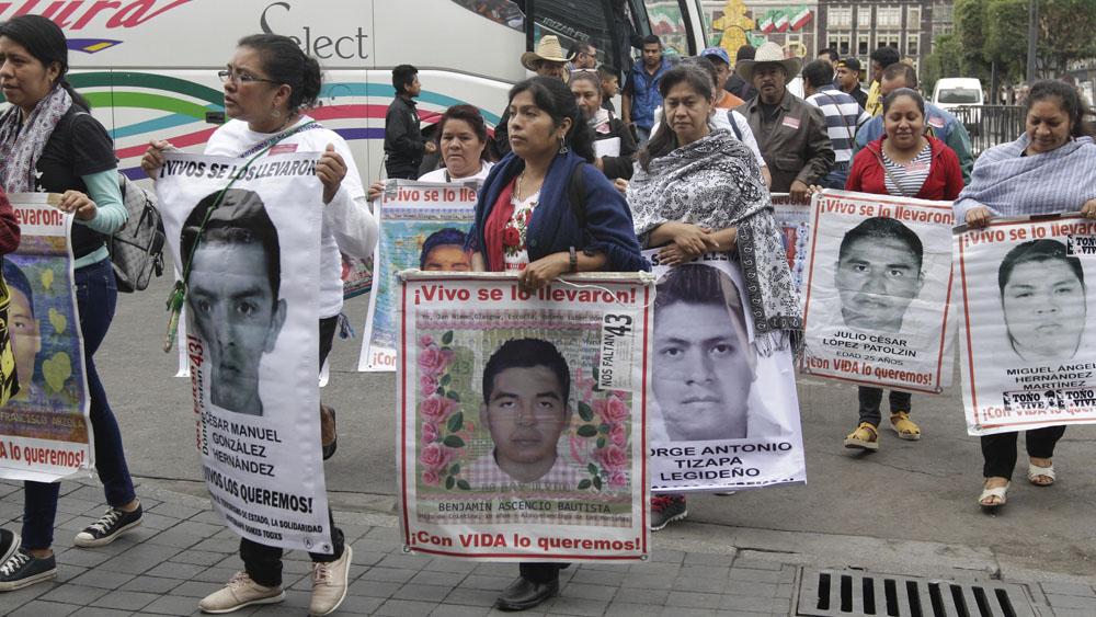 AMLO informará avances sobre caso Ayotzinapa hasta el 26 de septiembre - padres ayotzinapa
