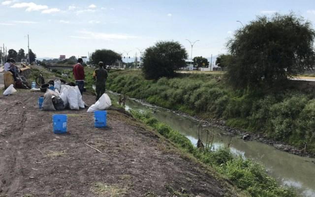 Vecinos recolectan 40 toneladas de basura del Río Querétaro - Foto de Quadratín