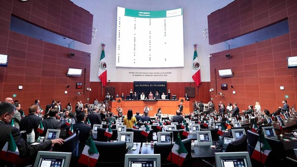 Senado recibe leyes secundarias de la Reforma Educativa - Senado de la República. Foto de @senadomexico