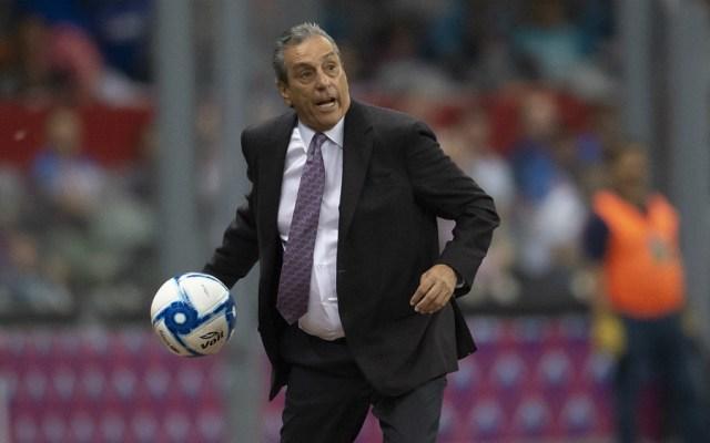 Tomás Boy niega estar preocupado por su continuidad en Chivas - Foto de Mexsport