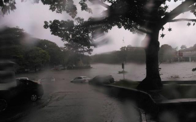 Tormenta causa inundaciones en Villahermosa - Foro de @XEVATabasco