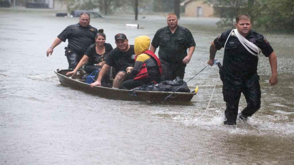 Imelda deja al menos dos muertos a su paso por Texas. Noticias en tiempo real