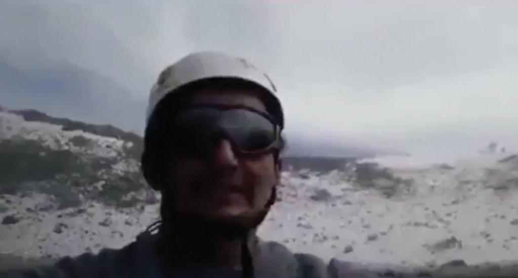 #Video Hombre asciende a cráter del volcán Popocatépetl. Noticias en tiempo real