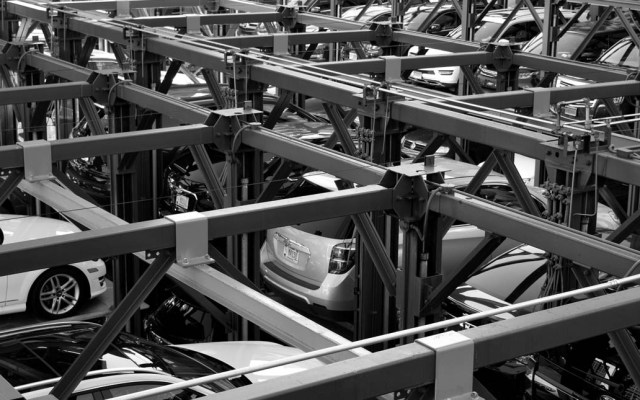 """Industria automotriz y CCE piden al Senado no legalizar autos """"chocolate"""" - Foto de Noah Negishi para Unsplash"""