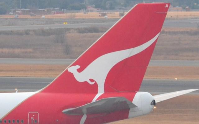 Inicia el vuelo más largo del mundo, Nueva York-Sidney de Qantas - Avión de Qantas vuelo