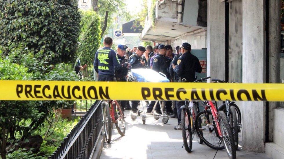 Asesinan a hombre en bar de Zona Rosa - Foto de @c4Jimenez