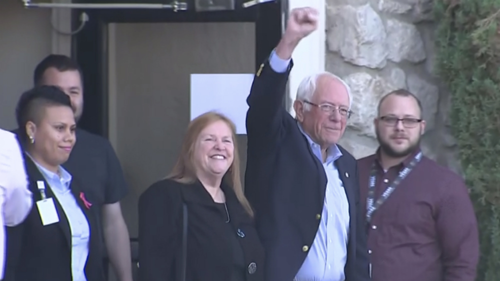 Dan de alta a Bernie Sanders tras sufrir infarto - Foto de @BernieSanders