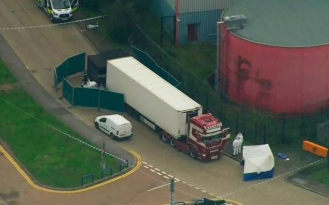 Camión con 39 cadáveres procedía de Bélgica, señala la policía británica - Tráiler que contenía 39 cadávere
