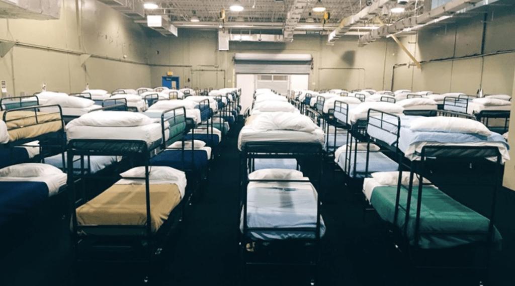 EE.UU. ordena cierre de centro de detención de menores en Florida - Foto de Miami New Times