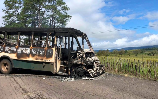 Presuntos integrantes del CJNG realizan al menos dos bloqueos en Michoacán - Bloqueo del CJNG