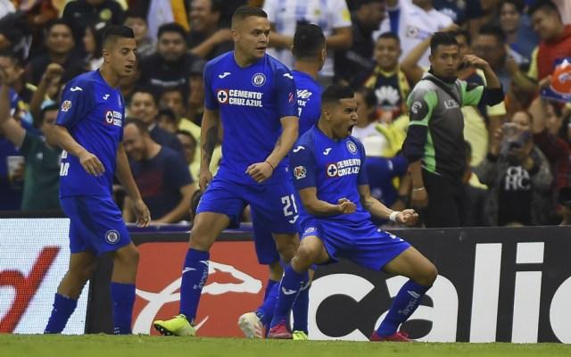 Cruz Azul humilla al América en el Azteca - Foto de Mexsport