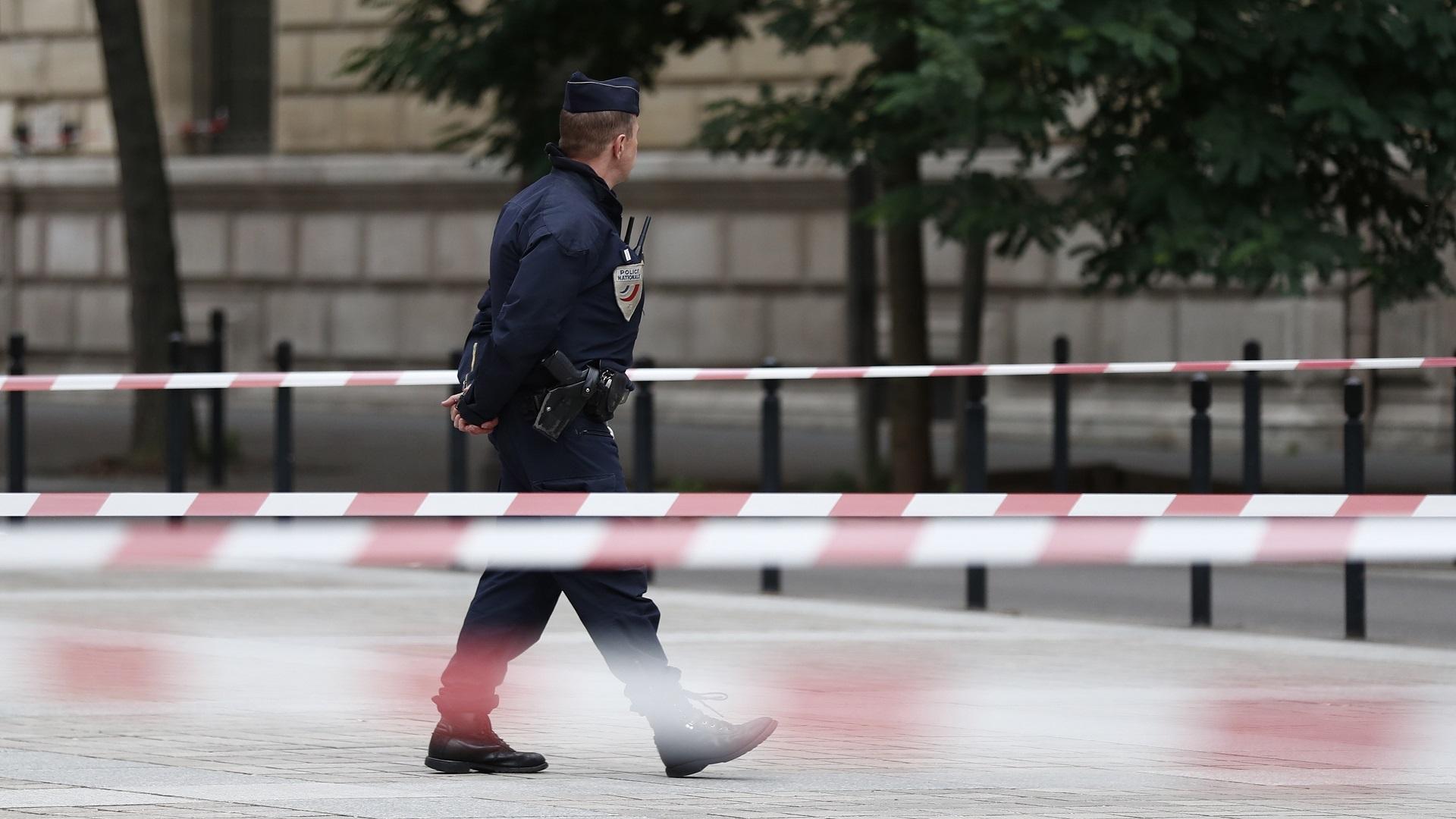Cuatro oficiales fueron asesinados por un colega en la Jefatura de Policía de París. Foto de EFE