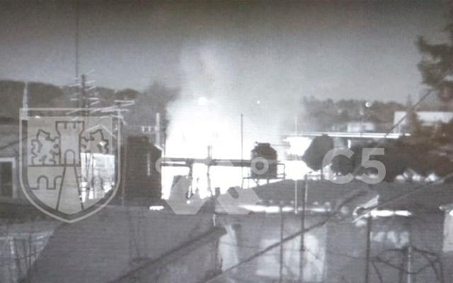 Bomberos atienden incendio en casa de Tláhuac - Bomberos atienden incendio en casa de Tláhuac