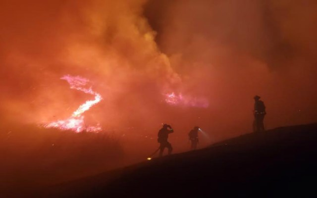 Tres muertos en incendios forestales en California - Foto de Moraga-Orinda Fire District