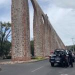 Evitan que joven se suicide en Acueducto de Querétaro