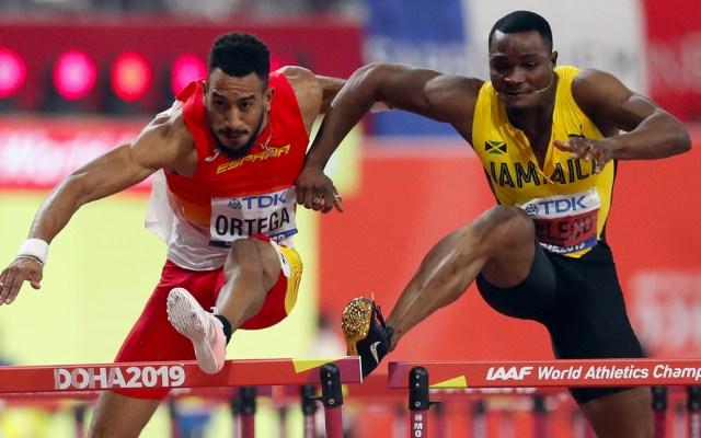 """Entrenador ruso califica a atleta jamaicano de """"peligro social"""" - Omar McLeod"""