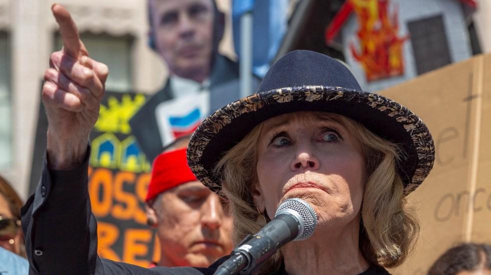 Detienen por tercera vez a la actriz Jane Fonda durante protesta en Washington - Jane Fonda actriz protesta Capitolio