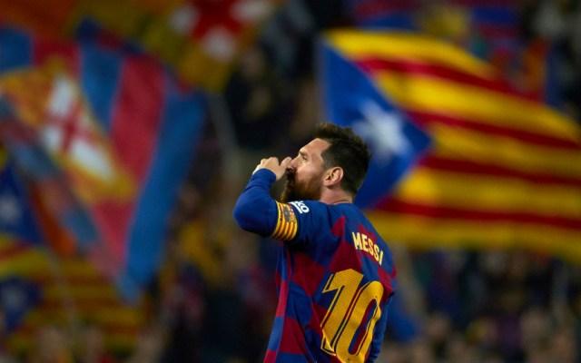 Lionel Messi muestra el camino del liderato a Barcelona - Foto de EFE