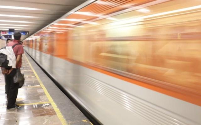 """""""Salvemos Vidas"""" evita 145 suicidios en el Metro - Foto de Gobierno de la Ciudad de México"""